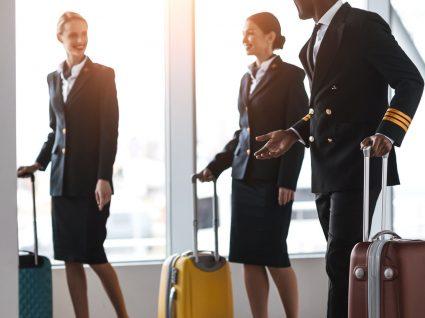 Assistente de bordo: funções, salário e critérios de admissão