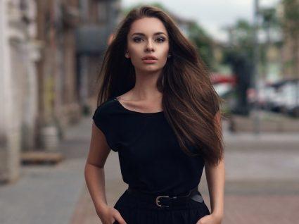 Moda: 5 looks com o vestido preto básico para usar sem parar!