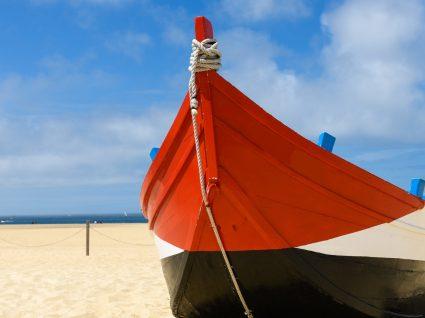 Praia da Vieira: arte xávega, escorregas e descanso