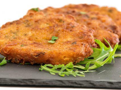 Receita de pataniscas de bacalhau com arroz de tomate