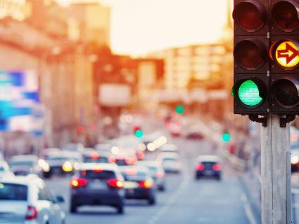 Como surgiram os semáforos? Conheça a história