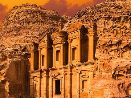 Petra: o maravilhoso tesouro da Jordânia