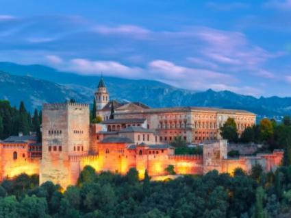 Granada e Alhambra: a herança dos mouros que não deve perder