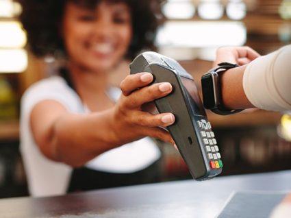 Apple Pay chegou a Portugal. Saiba que bancos já têm o serviço