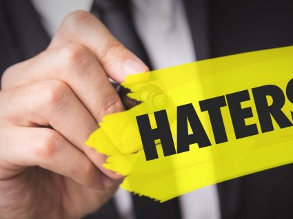 Haters nas redes sociais: como lidar com os indesejáveis