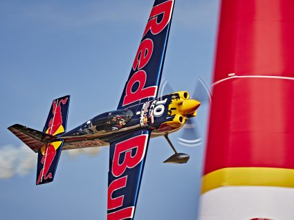 Red Bull Air Race de volta ao Porto