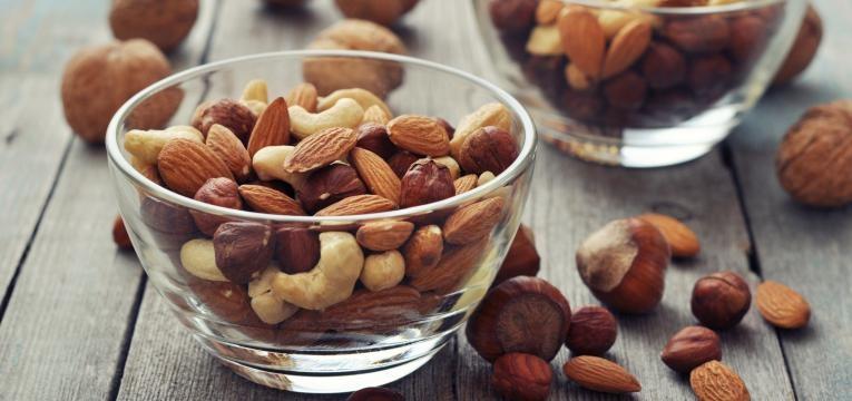 os frutos secos são um dos alimentos que julga não serem saudáveis