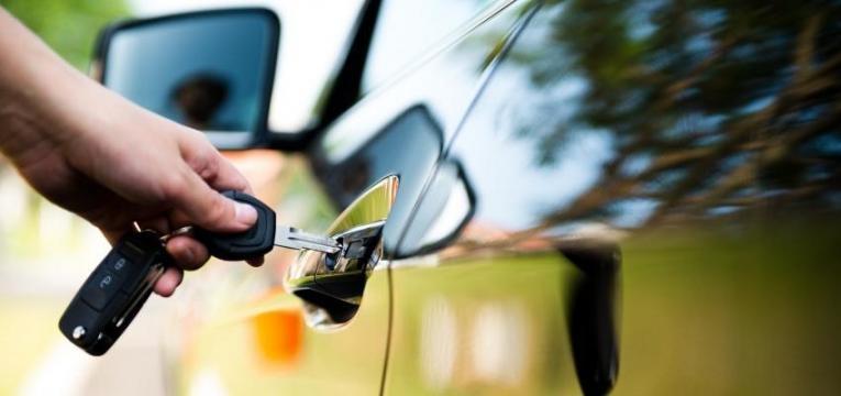seguro automóvel em nome de outra pessoa