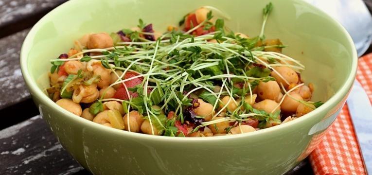 saladas com graos