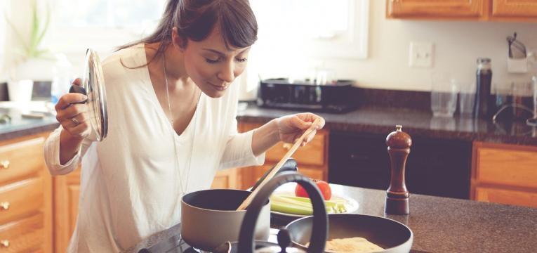 coisas que aprendemos ao morar sozinhos