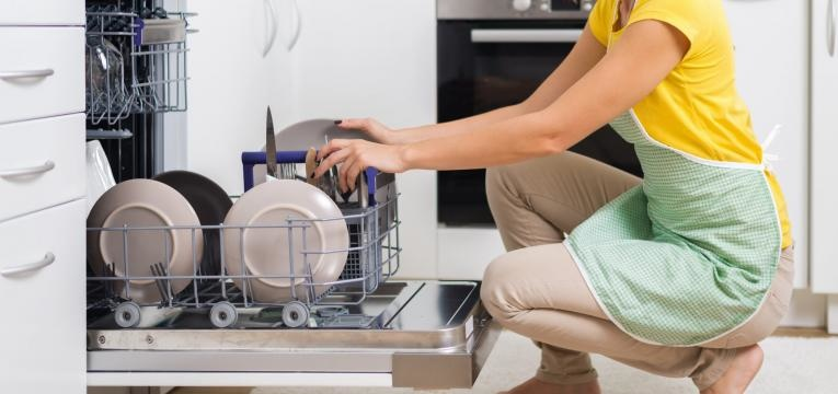 erros a evitar a lavar a louça