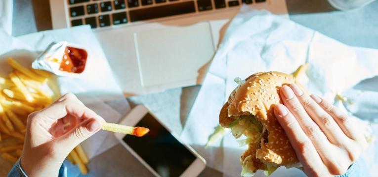 Efeitos do consumo excessivo de gordura na saúde