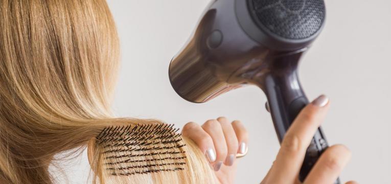 saiba como prevenir a queda de cabelo