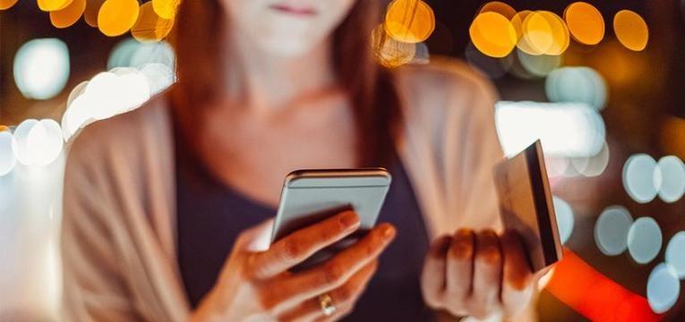 conselhos para quem acede a contas bancárias no telemóvel