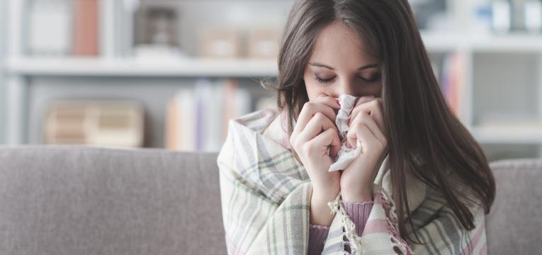 infeção respiratória que atinge os pulmões