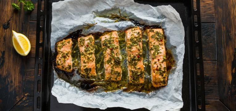 salmão no papelote