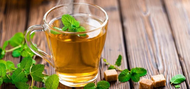 chá de hortelã é um bom chá para a tosse