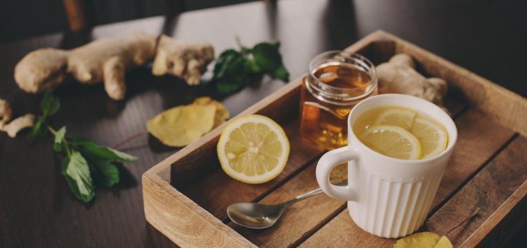 Chá para gripe: 7 bons aliados que importa conhecer