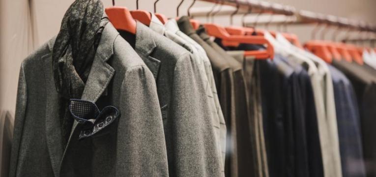 poupar no vestuário