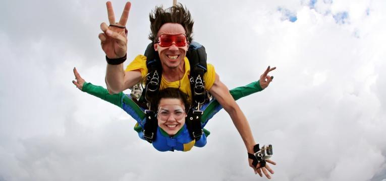 salto paraquedas