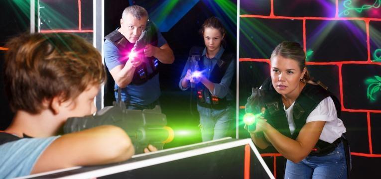 jogar laser tag