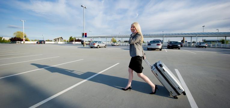 parque estacionamento aeroporto