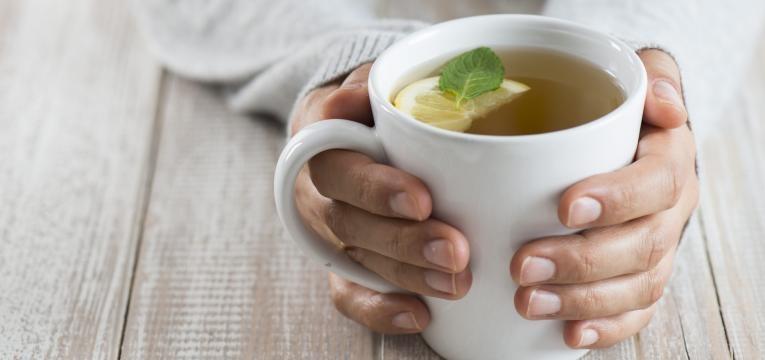 Chás para a tensão alta: 8 opções que importa conhecer