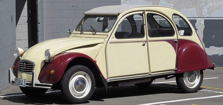 Carro Citroën 2CV
