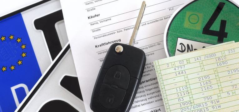 comprar carro usado na alemanha-chaves e matrícula de carro alemão