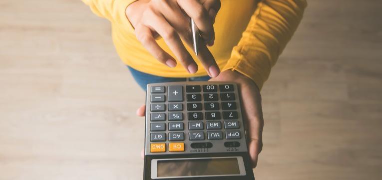 dicas dos especialistas para sobrar dinheiro