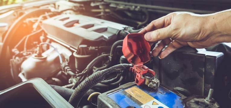verificar motor do carro