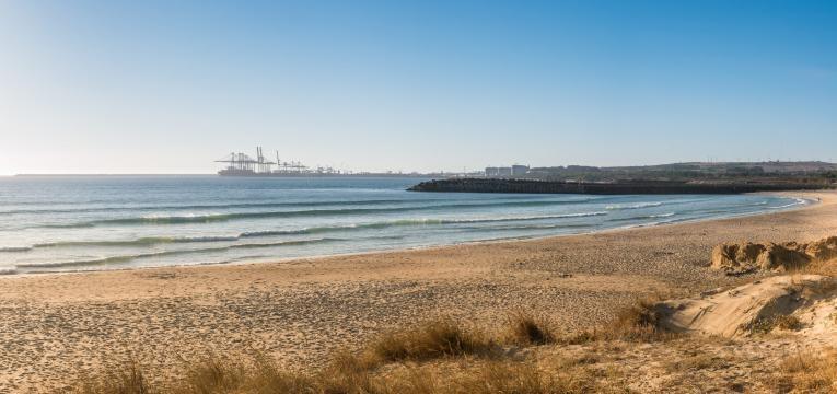 praia com as aguas mais quentes do pais