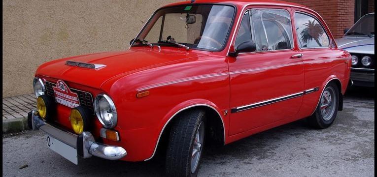 SEAT 850
