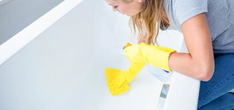 limpar a banheira