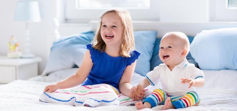não deixe que a enurese noturna eja uma fonte de stress para a criança