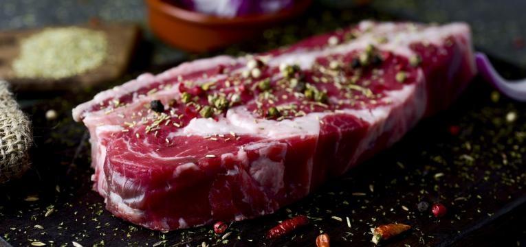 carne é uma das coisas que deve comer para emagrecer enquanto dorme