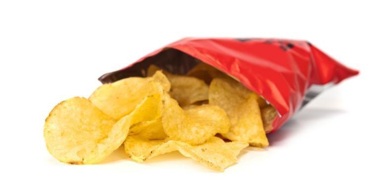 batatas fritas de pacote são um dos alimentos que provocam cancro