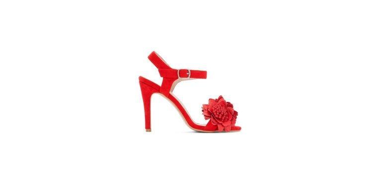 sapatos para levar a um casamento sandálias vermelhas