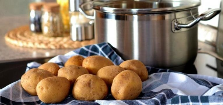 Receitas do Xisto: Batatas na caçoila