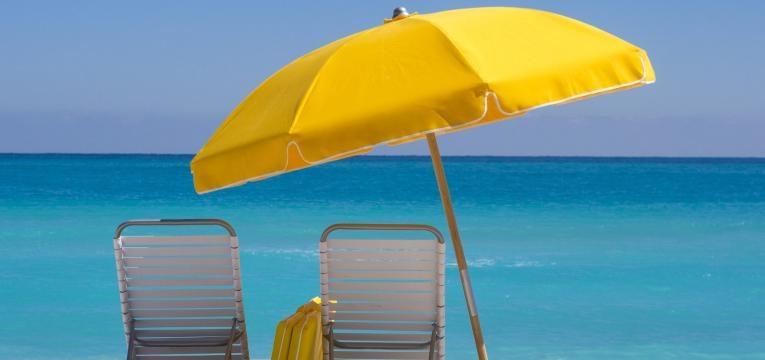 guarda sol praia