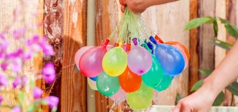 baloes de agua
