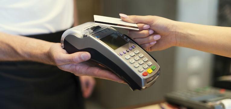 serviço de contactless nos cartões