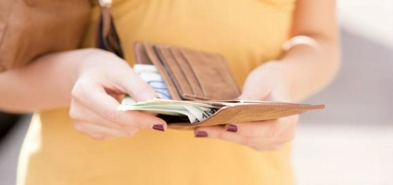maneiras rápidas de poupar dinheiro