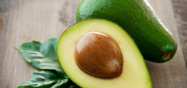 o abacate é um dos alimentos para a memória