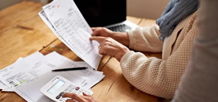 despesas de manutenção de conta