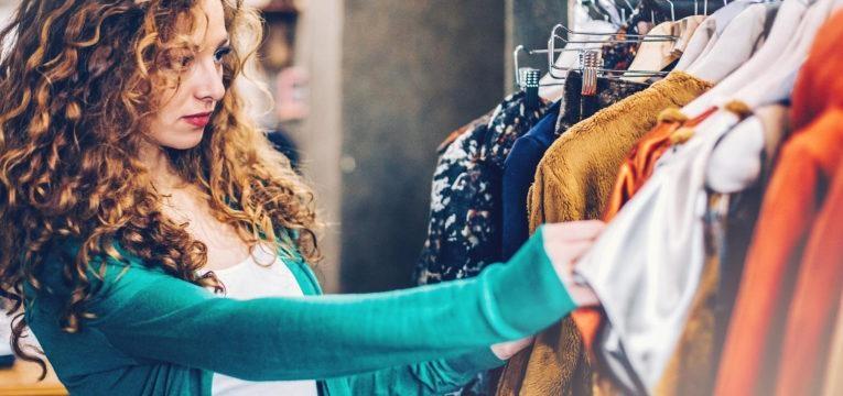 dicas para reutilizar roupas que tem no armário