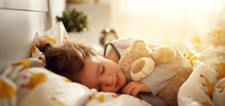 descubra se a Criança na cama dos pais é uma boa ideia