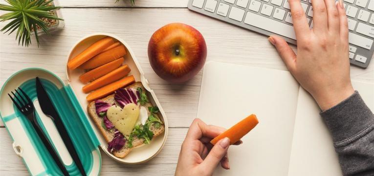 dicas sobre como ser saudável se trabalha por turnos