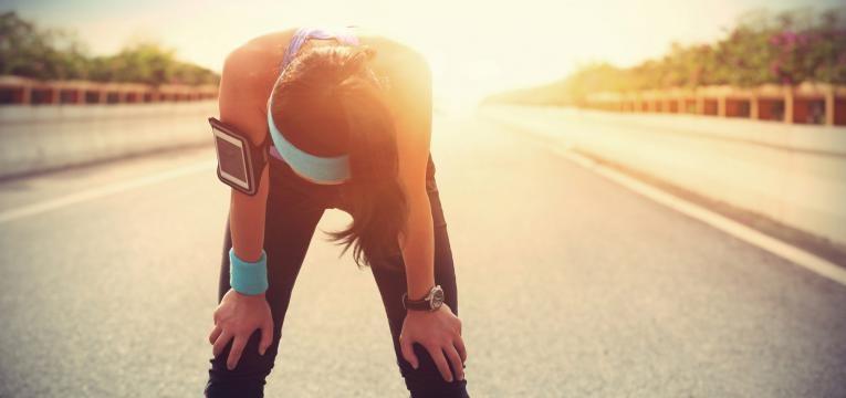 dor abdominal transitoria relacionada com o exercicio