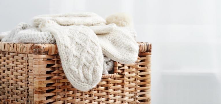 com guardar roupa de inverno